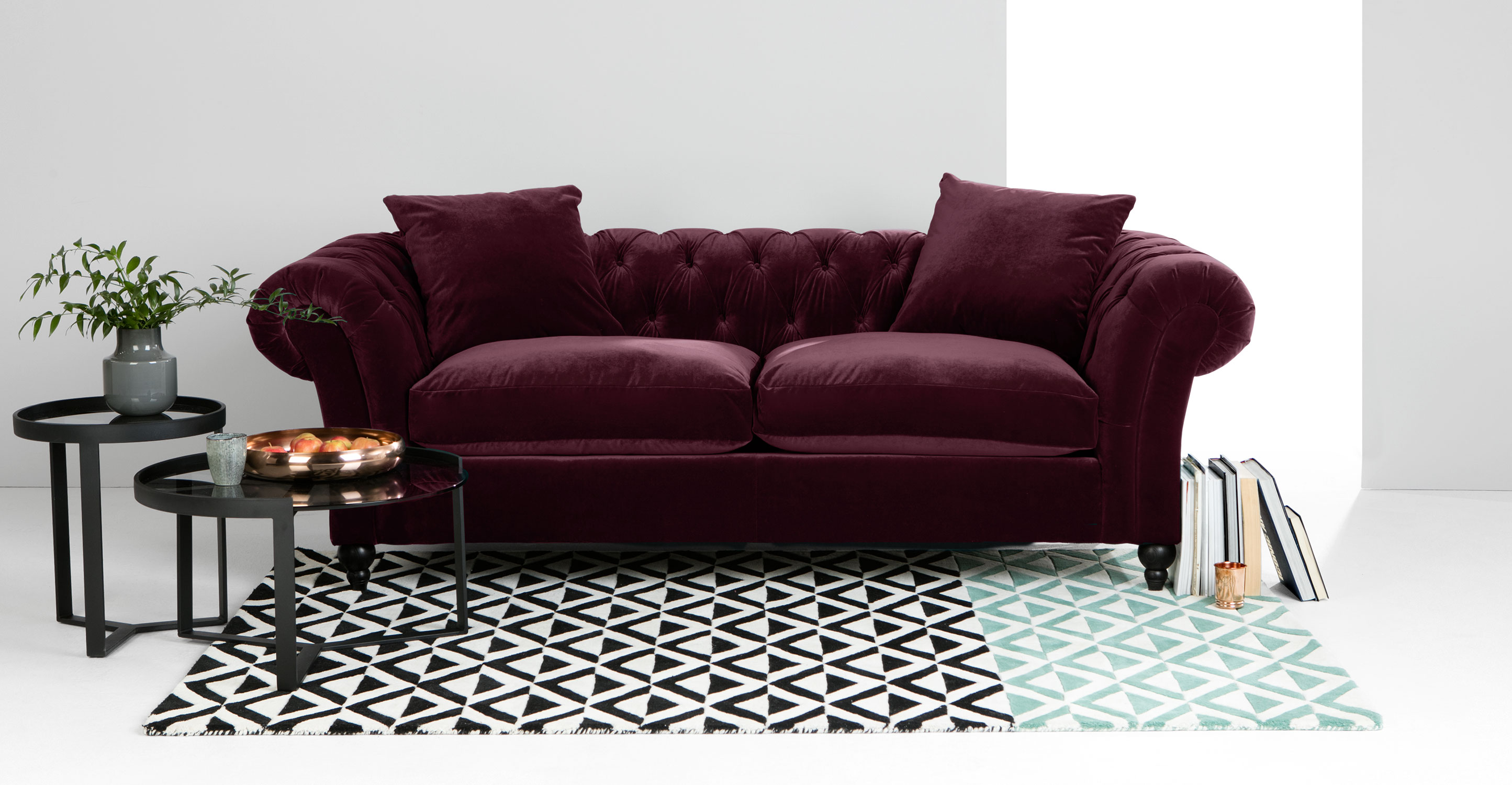 Bardot canap chesterfield 3 places velours rouge merlot - Canape chesterfield en velours ...
