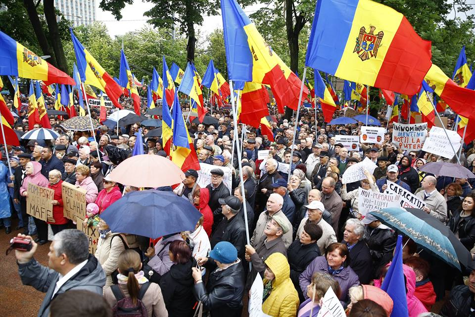 Moldova attacks on civil society mount while the government tries to push through the electoral system change