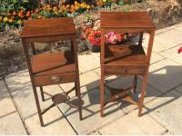 2 Georgian mahogany bedside tables or washstands
