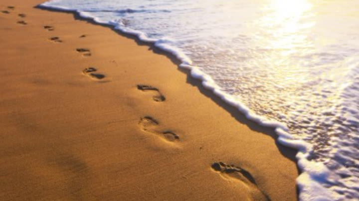 Who is the real author of the inspirational Footprints in the Sand?.