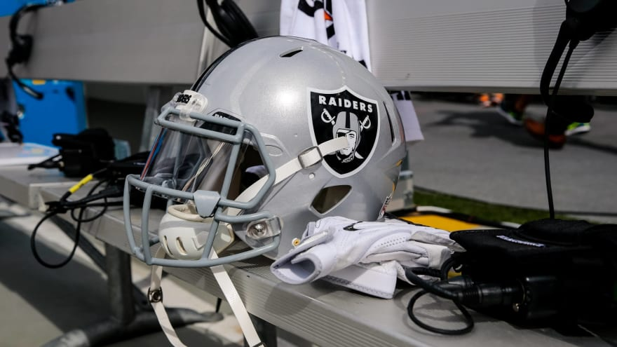 Raiders Reportedly Expect Antonio Brown Helmet Arbitration To Be Resolved Next Week Yardbarker