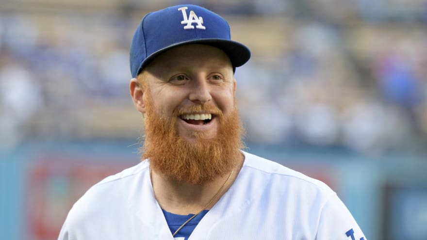 Dodgers' Justin Turner does not want 'fake banner' in response to Astros scandal