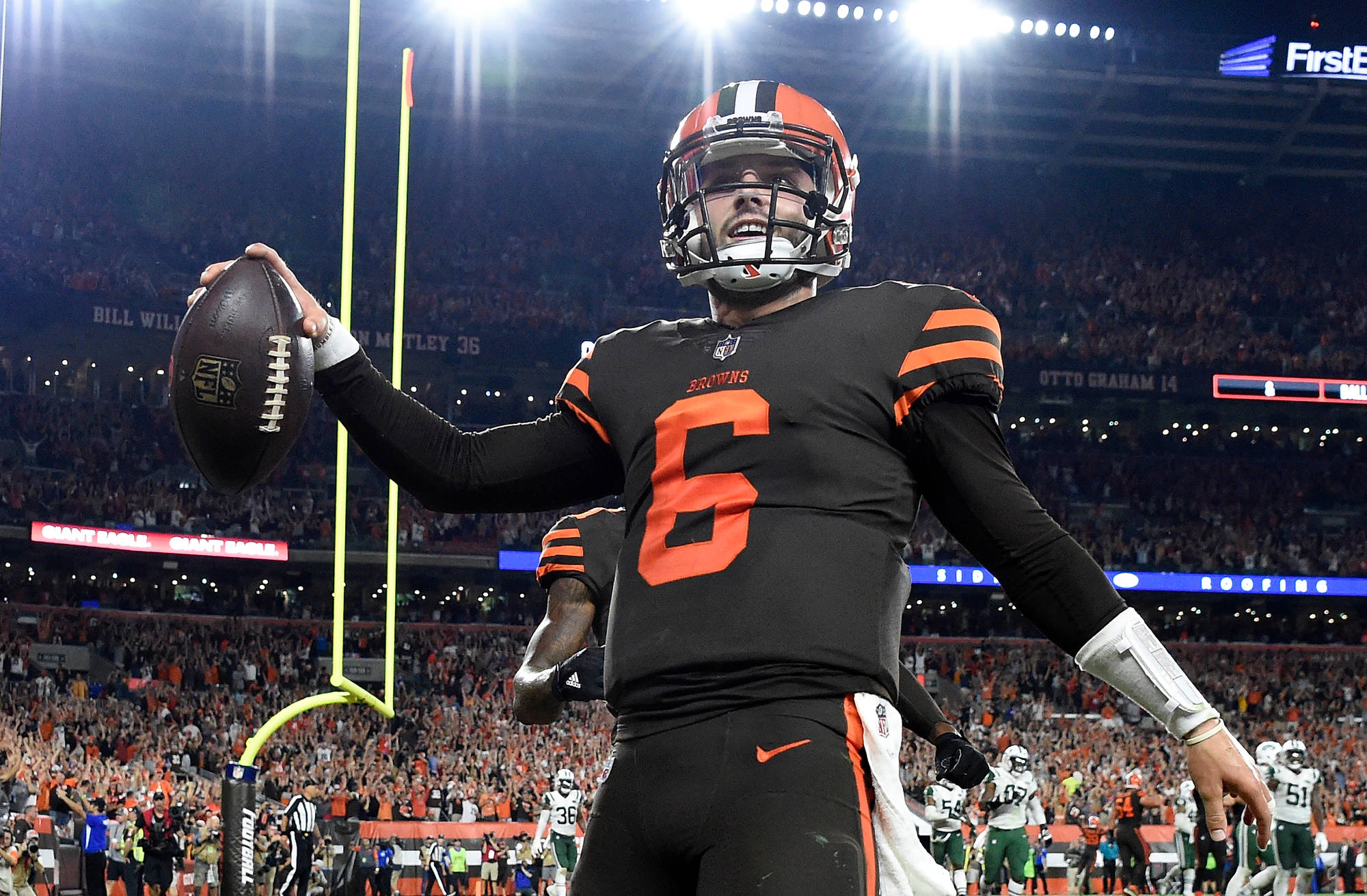Gettyimages Baker Mayfields Debut Leads  Browns Win