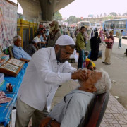 India_dentist_aebqrb