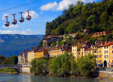 Study Abroad Reviews for API (Academic Programs International): Grenoble - Université des Alpes