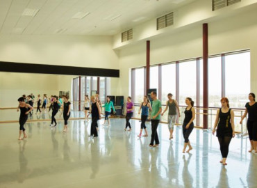 Study Abroad Reviews for Performing Arts Abroad: Limerick - Dance Semester in Ireland