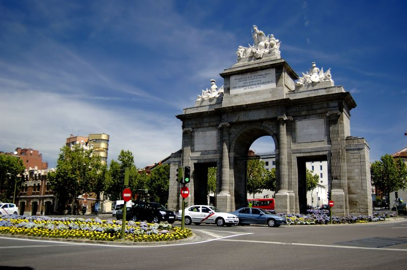 Api academic programs international madrid for Universidad de madrid