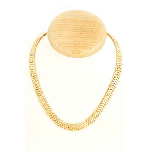 Sleek Gold Choker Necklace