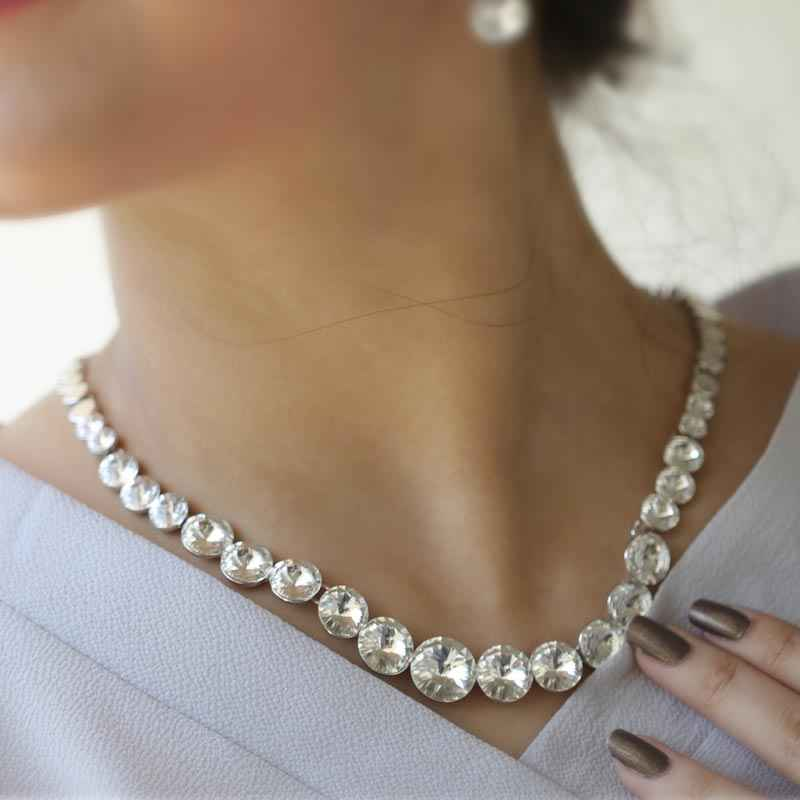 Elegant Round Clear Crystal made with Elemets from Swarovski - Necklace and Earring Set
