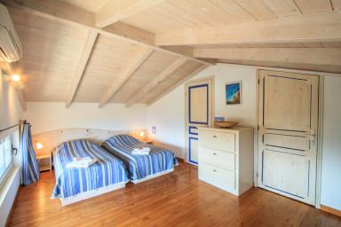 Quiet and compact bedroom 2