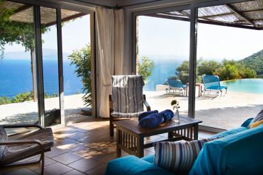La Villa Katsika c'est le charme et une des plus belle vue mer de l'île