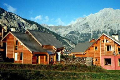 Chalet Le Baoùba  Hameau des Chazals Nevache Hautes Alpes