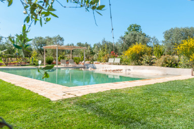 Trulli Tra Pietre: Luxury Trulli with Private Pool