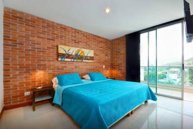 BLUX  Apartment 905