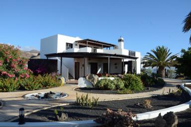 Home Casa Sueño in the Village of Mala