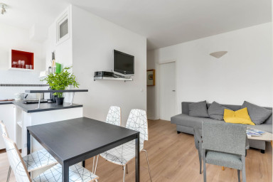 Nice Parisian Flat - 5 Minutes from Montmartre