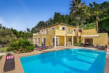 Elegant villa med pool i Roquefort les Pins
