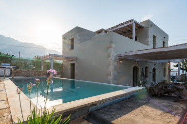 Villa Cablos