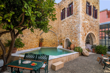 Villa Courbos