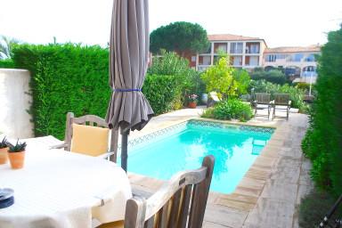 Maison spacieuse avec piscine et amarrage 11m