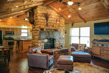 Hell Creek Lodge and Event Barn ~ Sleeps 26