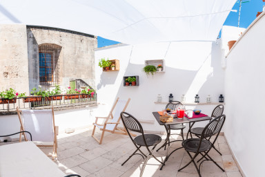 Bell'Aria: independent holiday home with terrace in the heart of Monopoli