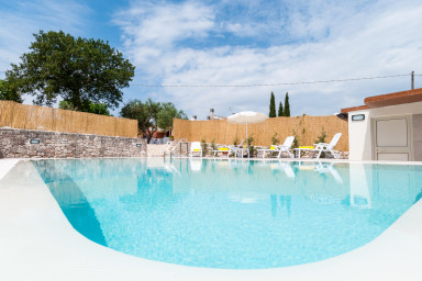 Villa Flora: Independent villa with private pool