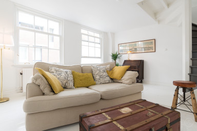 Fashionable yet cosy one bedroom apartment