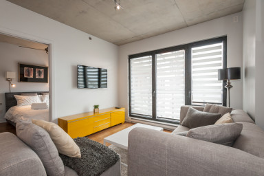 Furnished 1-bedroom condo at Lowney
