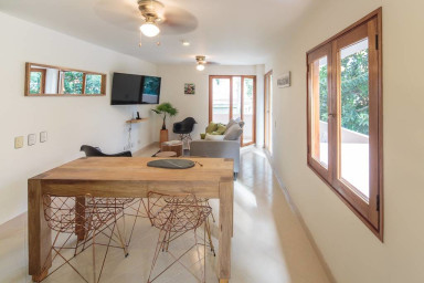 Cozy, Modern and Exclusive Condo in Laureles