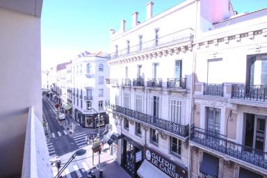Appartement avec balcon situé à 200m de la Croisette