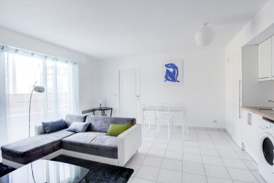 2 BR Quiet - Cannes Center - by IMMOGROOM