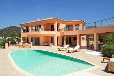 Villa Las Palmas with pool