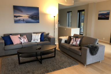 Sonderland Apartments - Dronning Eufemias gate 20 (Sleeps 9 - 3 BR / 2 BA)