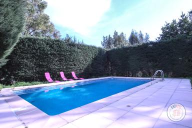 Belle villa aux influences néo provençale à Vallauris, proche de Cannes.