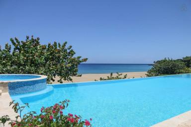 Sosua 3 bedoom luxury oceanfront penthouse