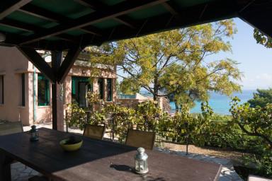 Coldspring Villa Beachfront paradise by JJ Hospitality
