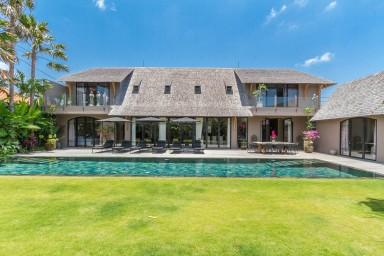 Villa luxueuse de 4 chambres avec vue rizière !