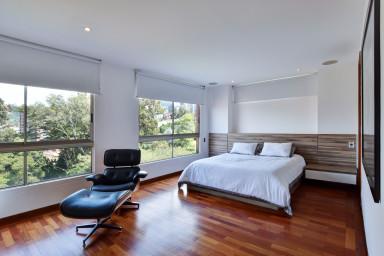 La Manuela Stylish Duplex Penthouse Dictates Layout and Style