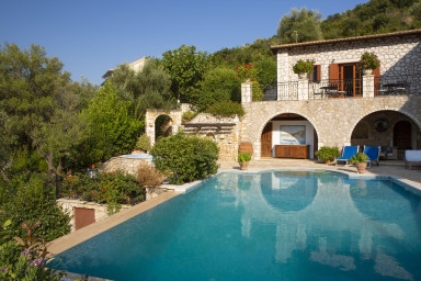 Villa Francesca - Luxury Dream at the Heart of Sivota for 16+ people
