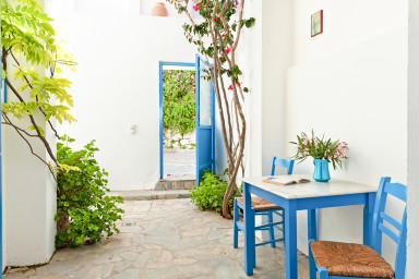 Icon Painter's Temple apartment in Koroni village by JJ Hospitality