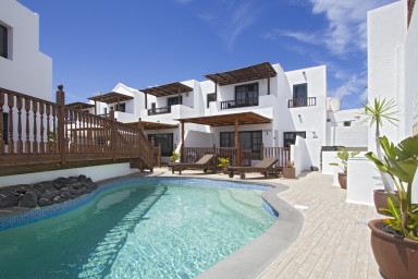 Casa Hibiscus is a modern, spacious, semi-detached holiday villa