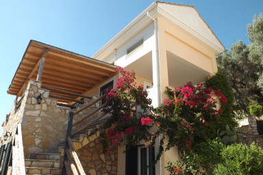Lovely Villa with Stone and Wood Elements in Sivota Bay