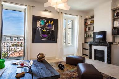Appartement d'Artiste avec Parking au coeur des Halles de Biarritz