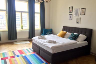 Dahlia Apartment