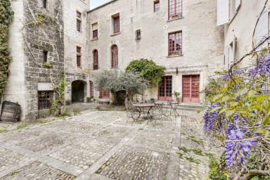 Magnifique appartement avec vue sur le Palais des Papes à Avignon
