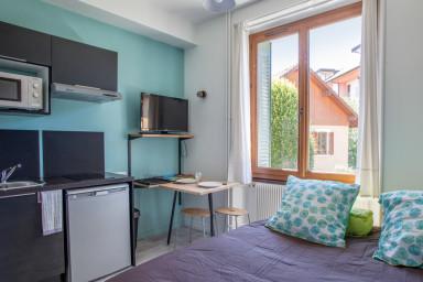 Beau studio moderne proche du centre d'Annecy