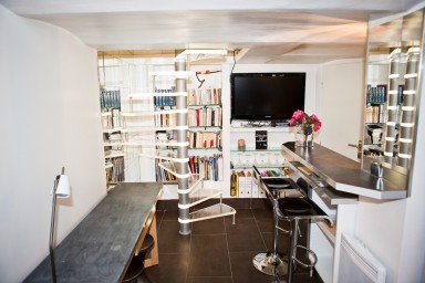 Superbe duplex de 36 m2, moderne et décoré avec gout, au coeur de Cannes