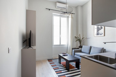 Beau studio moderne et climatisé en plein Triangle d'Or de Nice - Welkeys