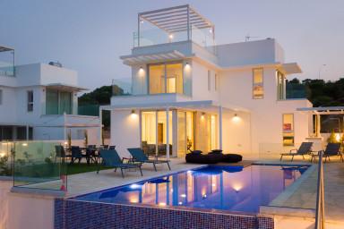 Azure Vista villa with private pool